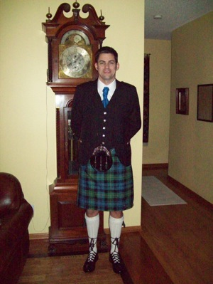 your kilt photos Taber in his kilt