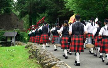 kilt Scotland photos pipers
