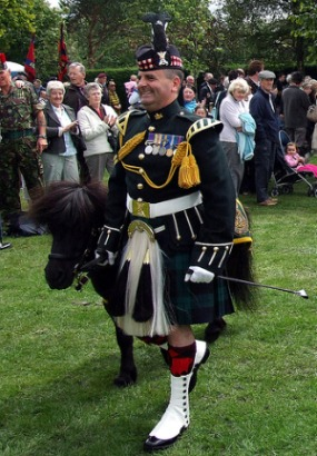 regimental highland dress