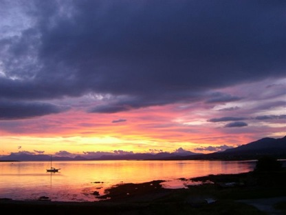 kilt Scotland photos sunrise on Skye 2