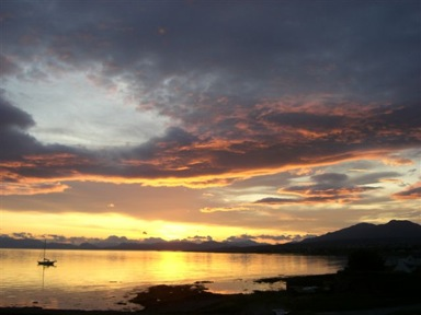 kilt Scotland photos sunrise on Skye 3