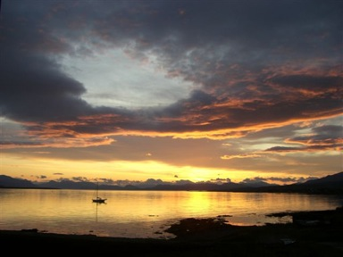 kilt Scotland photos sunrise on Skye 4