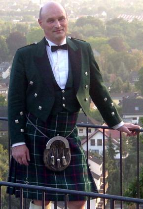 picture of David in full Highland dress