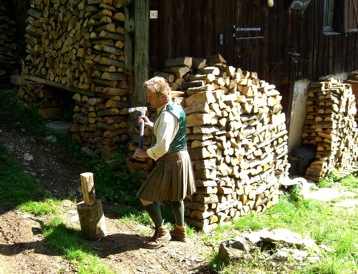 your kilt photos Robert cutting wood in his kilt