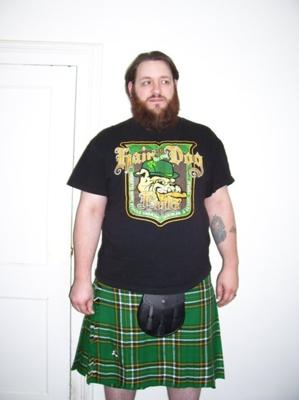 A quick snapshot of me in my Ireland National tartan kilt