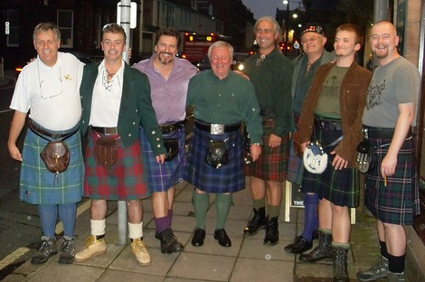 pictures of men in kilts