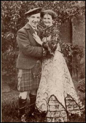 Sir Harry Lauder in his kilt and sporran with his wife Ann Vallance, Circa 1900.