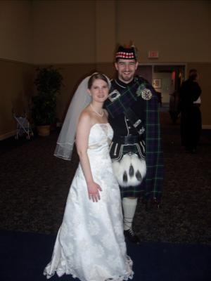 your kilt photos Bride and Groom